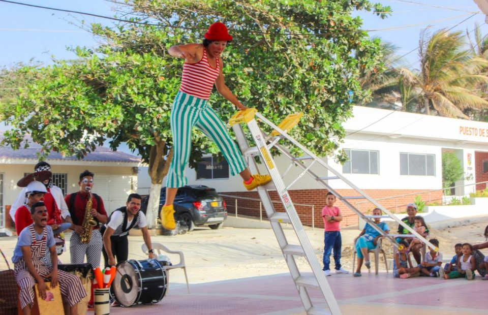 Clowns Without Borders - Project photo by ©Clowns Without Borders USA