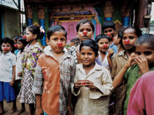 Clowns Without Borders Project in India - 1999