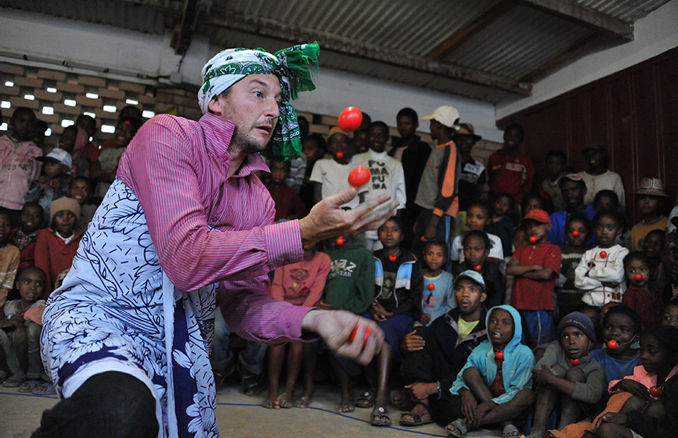 Clowns Without Borders - Project photo by Pierrot Men