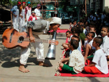 Clowns Without Borders Project in Burma -