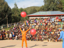 Clowns Without Borders Project in Rwanda -